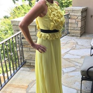BCBG MaxAzria yellow formal gown size 6
